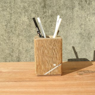 HO MOOD Deconstruction Series - Elk Smile Pen Holder