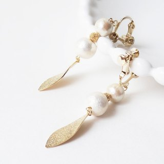 Gold-leaf and Pearl Earrings