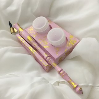 English calligraphy pen with pen and ink classic pink