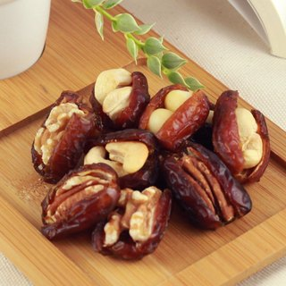 【Afternoon snacks light】 nuts on the dates - comprehensive nuts (160g / bag)
