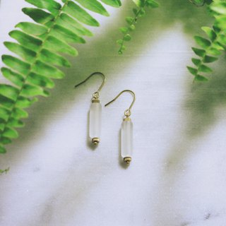// Designed brass matte acrylic earrings // ve106