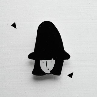 Miss Hairy Collection / Black and White Brooch/ H008