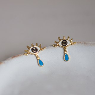 Eye of Oyster | Mystery Prediction Earrings