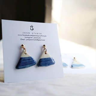 Deep blue Fuji earring
