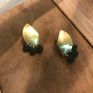 Geometric fan brass earrings