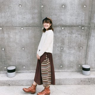 Braces of the archaic ethnic patchwork skirts | brown