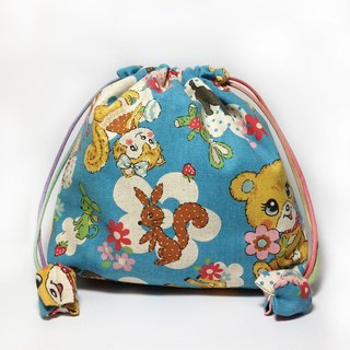 Japanese retro cartoon bear lattice bag pocket pocket