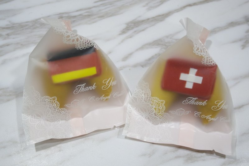German Wedding Gift Ideas: [The Most Fantastic Wedding Small Thing] The Flag Lucky