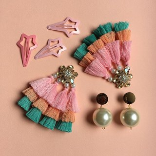 earrings : BABA YAYA pastel