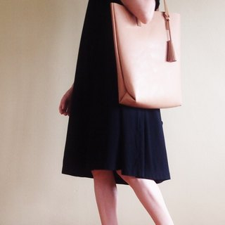 Soft Leather Tote with Tassel/ Day Bag/ Magazine Tote in Beige / Brown / Black