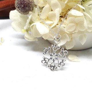 "Love Handmade Silver Winter Snowflake Necklace Gift For Her Christmas Date Mom Grandma Friend Sister Anniversary ""Snowflake"" by IONA SILVER"