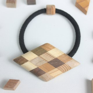 Parquet diamond shaped hair rubber