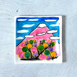 Fuji in spring (wave staggered) · square plate (15 cm)