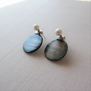 2 way post earrings of black butterfly shell (MOP) and pearl