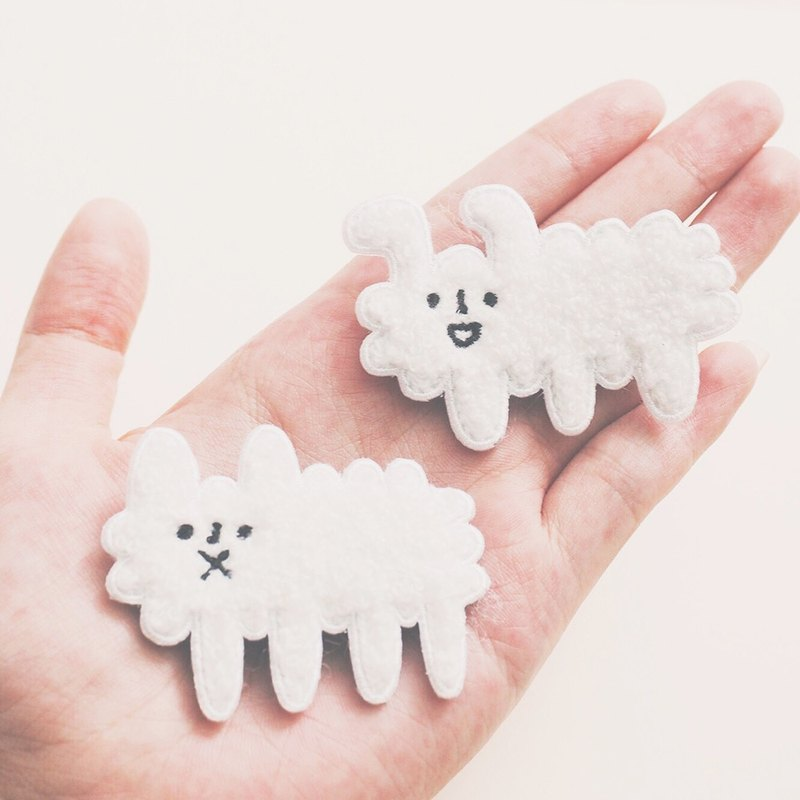 Dog Cloud - Embroidery Brooch