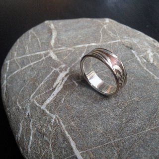 Wood head gold hand ring / tail ring ~ running meteor D ~ hand made poetry HANDICRAFT POEMS happy sale!