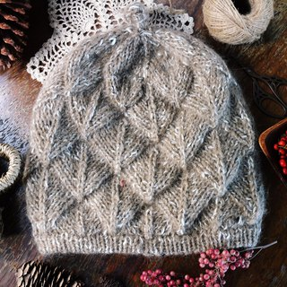 Hand made - forest leaves - woolen cap