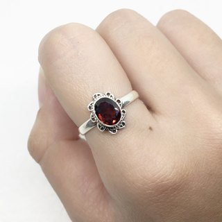 Garnet 925 Sterling Silver Exotic Design Ring Nepal Handmade Mosaic (Style 3)