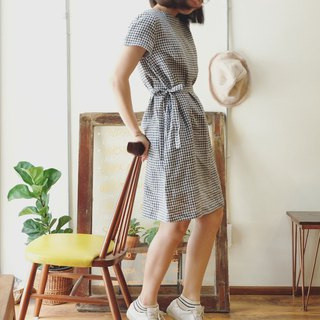 Anna Dress : Navy Checker