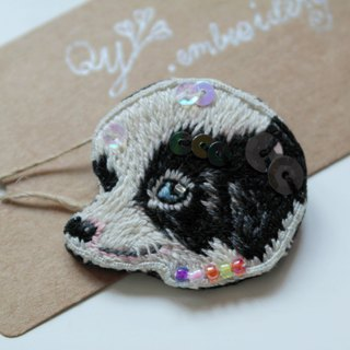 Qy's dogs black and white border collie hand embroidery brooch pin gift