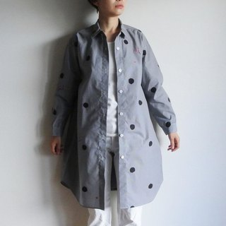 Long shirt gingham check black <polka dots and plums>