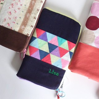 Standing Pen Case (Colored Triangles)