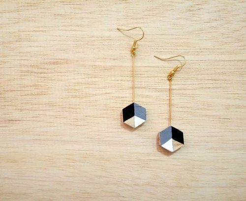 Earrings wooden hexagon