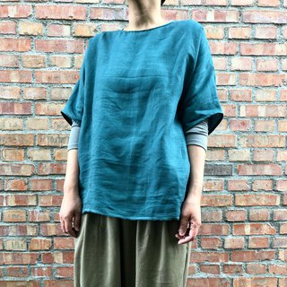 Linen half sleeve pocket top