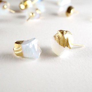 STAR STONE stud earrings - OPAL + 24K GOLD