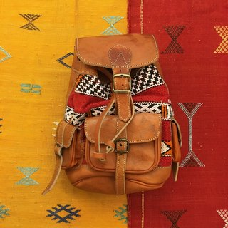 Moroccan hand-woven rug caramel lambskin backpack national wind accessories