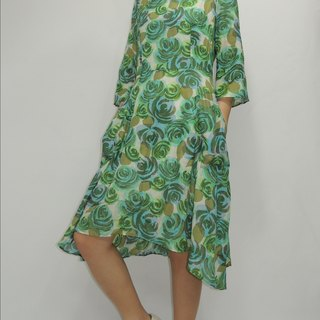 - Chicken mother dock - thin cool watercolor green roses and knee short dress before long dress