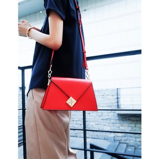 [Hong Kong, Macao and Taiwan] MBS irregular chain lock small square bag leather Messenger bag with two straps