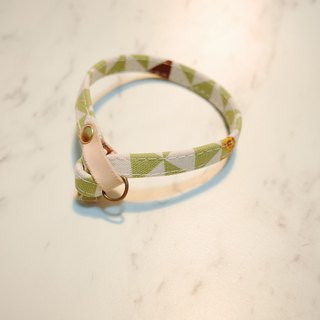 Cat collars, Light Green giraffe_CCT090458