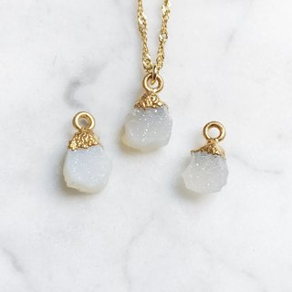 ::Gold Mine Series :: White Onyx Clavicle Necklace