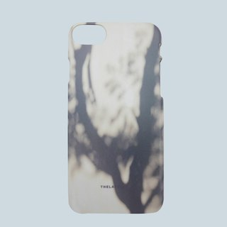 GRAPHIC PRINT - SHADOW OF TREE iPhone 7 Case