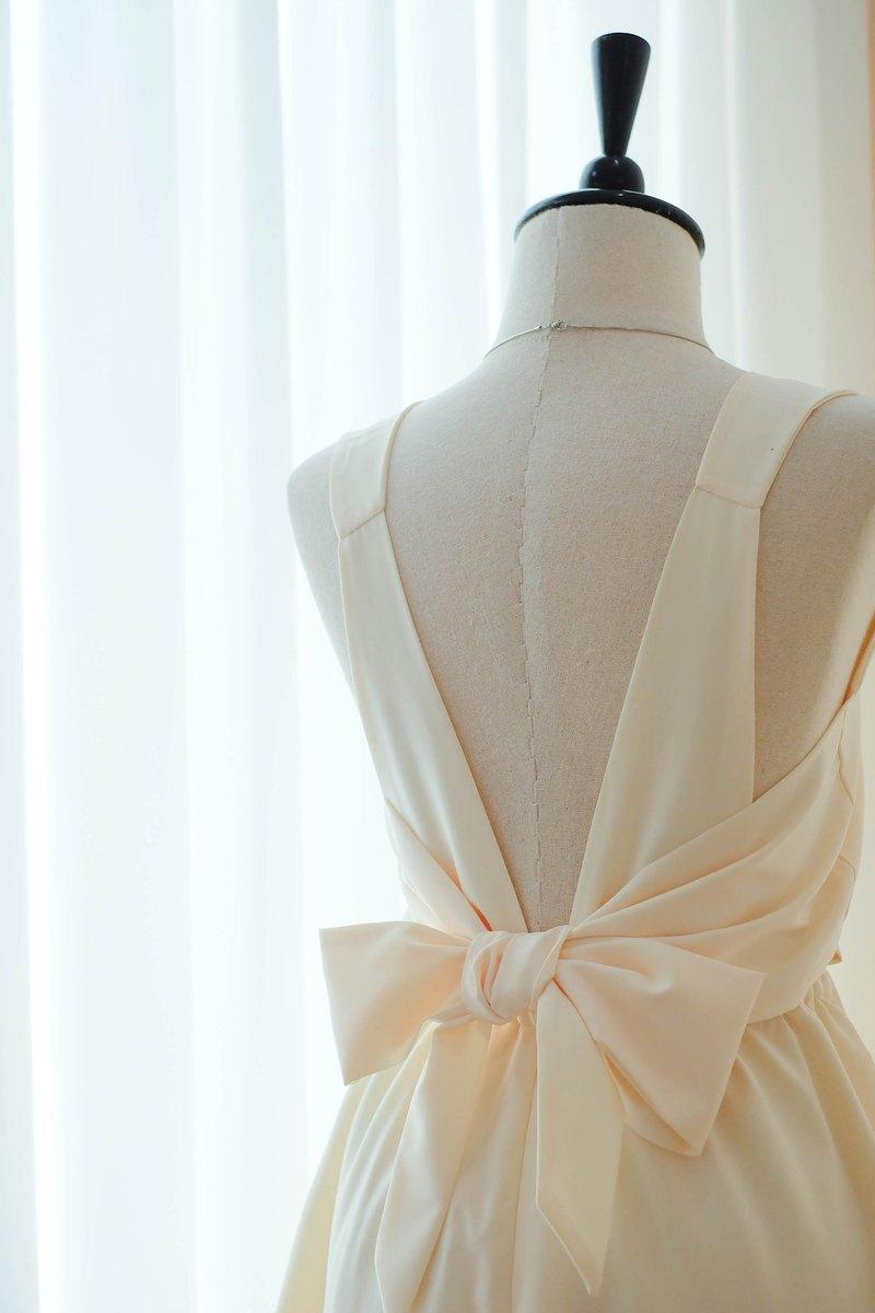 淡黃色連衣裙伴娘禮服露背派對雞尾酒短禮服