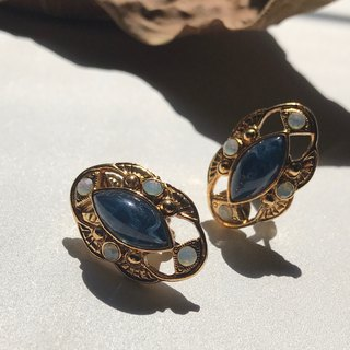 Early clip earrings / elegant gemstones