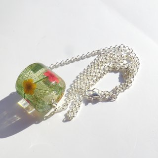 Resin Necklace. Resin Jewelry with Pressed Flowers, Pressed flowers bead
