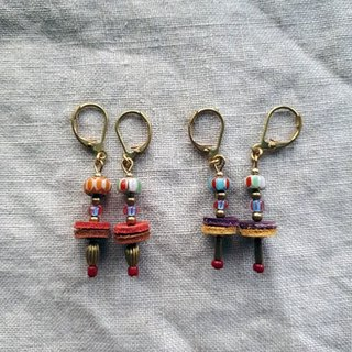 Dancing people children _ brass leather old glass beads ear / ear clip