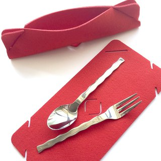 Cutlery set red