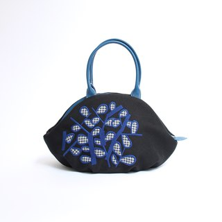 Embroidered sunbait embroidery · Almond bag
