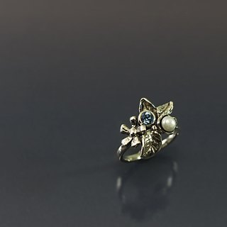 Beautiful flower 925 silver ring