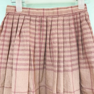 Skirt / Baby Pink Stripes Pleated Skirt