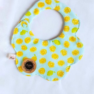 Lime Lime - Eight-layer yarn with circular arc shape bib saliva towel