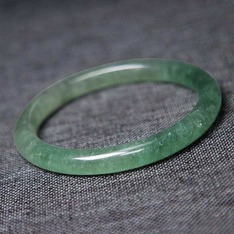 冰透星光綠草莓晶手鐲58MM綠色水晶圓條女手環旺人緣水潤清新自然