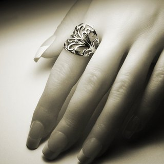 Wide hollow totem silver ring