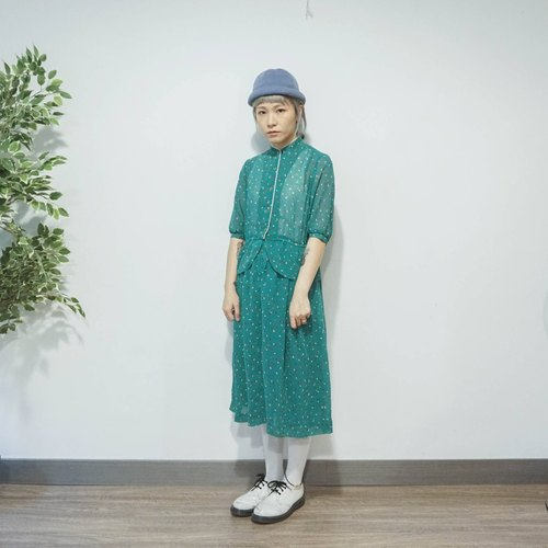 Vintage green chiffon stand collar dress