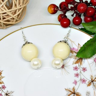 * _ * Snowman lawn alloy hook earrings