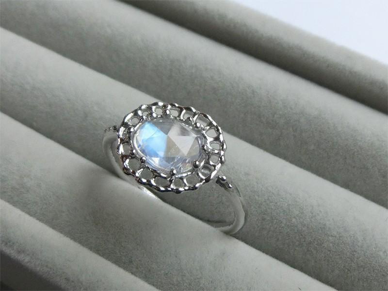 月光石戒指藍月光石