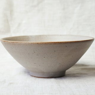 White glaze spotted small bowl _ lighter type